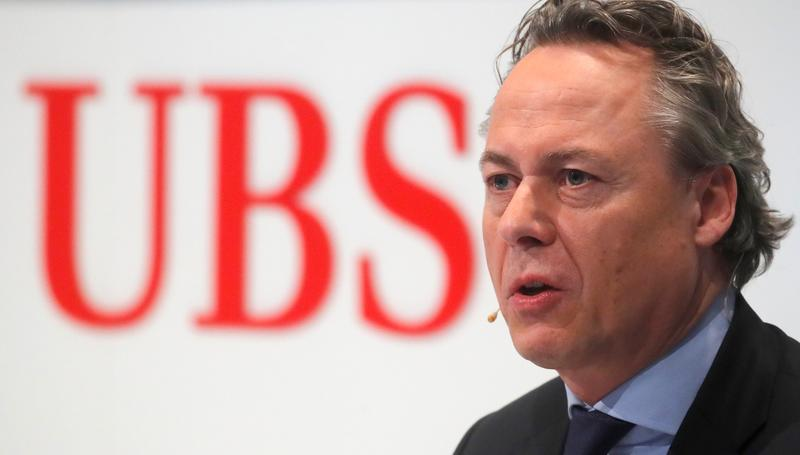 New UBS CEO Hamers tells staff to be flexible, agile, focused